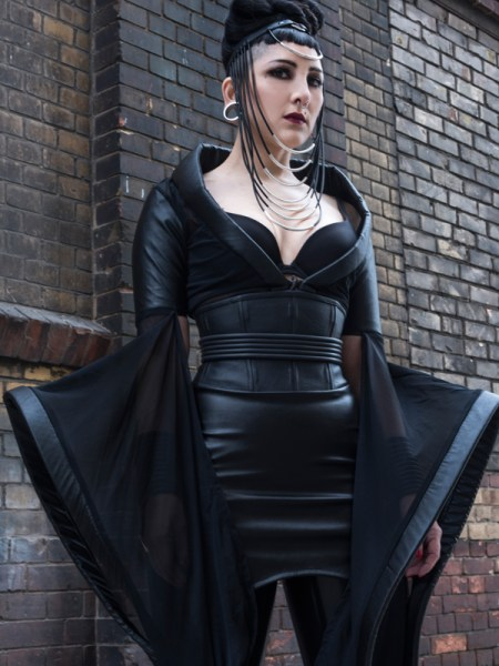 cyberesque_corsets_woman
